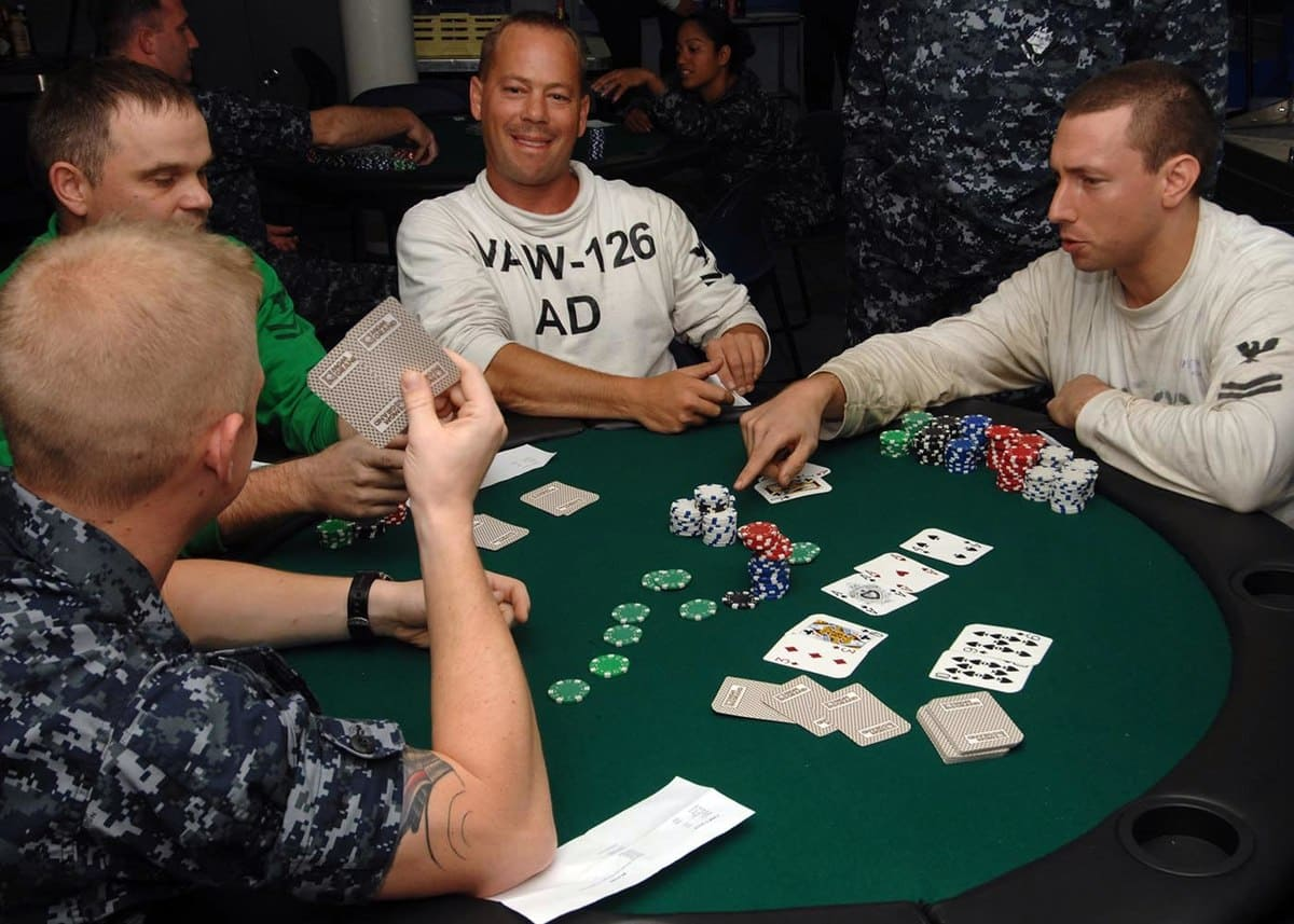 Build Yourself To Be An Invincible Poker Player