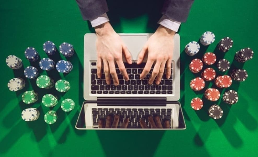Online Poker Game Bluffing Techniques