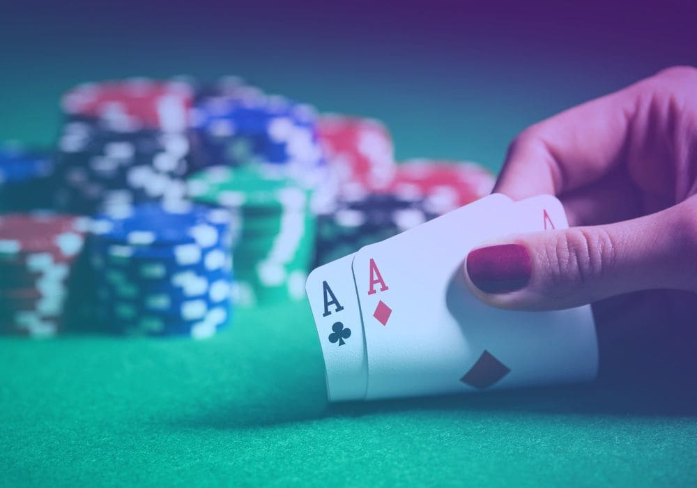Playing Poker Online With a Bluff Strategy for Playing Enemies